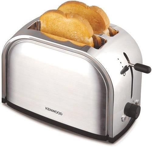 Brainliest give 2 examples of energy transformation that occur when making a toast in a toaster ove